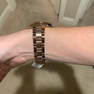 Michael kors MKT 5022 rose gold smart watch